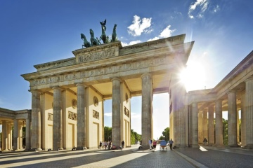 Germany allows entry to vaccinated Ukrainian tourists from June 25