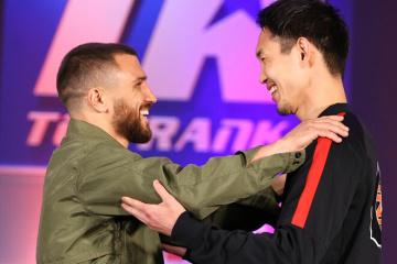 Łomaczenko i Nakatani odbyli pojedynek spojrzeń