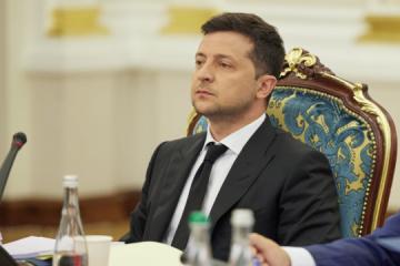 Zelensky: Ucrania está abierta a las grandes empresas y no a la influencia oligárquica