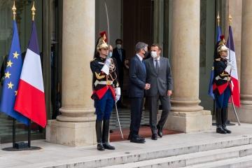 Blinken, Macron discuss countering Russia's aggressive behavior, including towards Ukraine