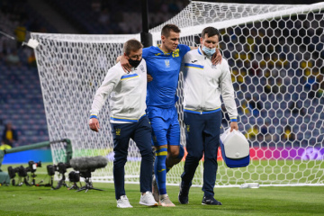 EURO 2021 : blessé, Artem Besedin est forfait pour la suite de l'Euro