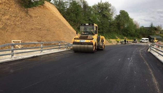 На Львовщине завершается ремонт моста между Сходницей и Урычем