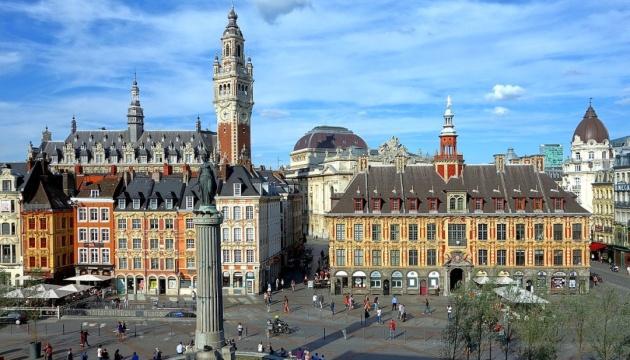 Українські консули проведуть обслуговування громадян у французькому місті Лілль