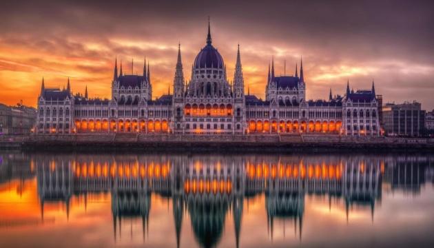 Хто малює «розділові лінії»: Москва провокує Будапешт до загострення відносин з Україною