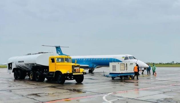 Миколаївський аеропорт відновив щоденні рейси до Києва