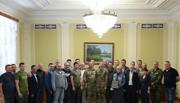 Посвідчення учасника бойових дій отримали 26 добровольців