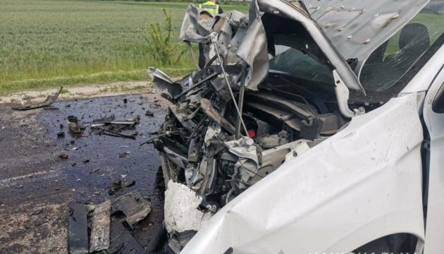 На Рівненщині сталася ДТП: двоє людей загинули, двоє – травмовані