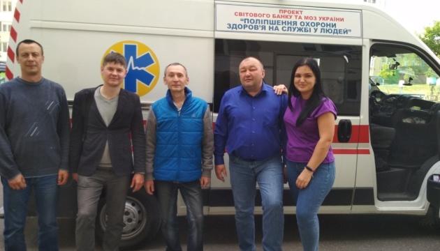 Пациента из Ривного, «застрявшего» в Беларуси, привезли домой на реанимобиле