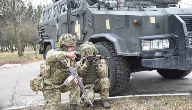 Українські десантники повертаються з багатонаціональних навчань Saber Guardian-2021