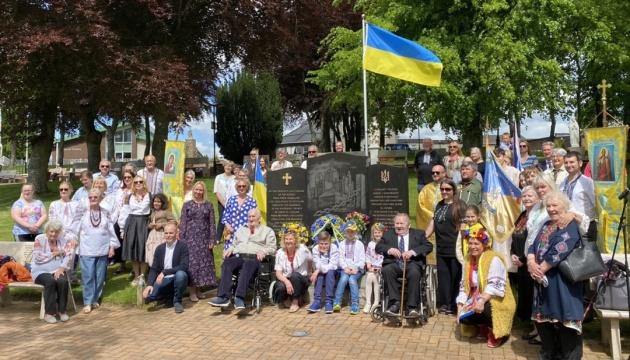 У Шотландії діаспора здійснила паломництво до українського пам'ятника