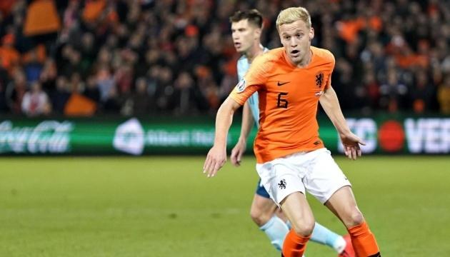 Футболіст збірної Нідерландів Донні ван де Бек пропустить Євро-2020