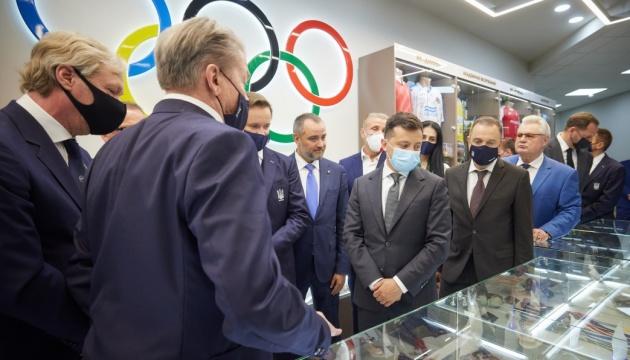 Президент оглянув «Олімпійський дім» у Дніпрі