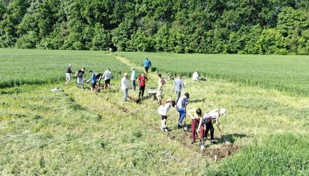 Археологічний сезон у заповіднику «Трипільська культура» стартував зі знахідок
