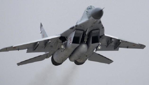 Болгарський винищувач впав у Чорне море, доля пілота невідома
