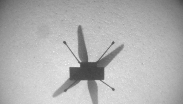 Мини-вертолет Ingenuity сделал новую фотографию Марса