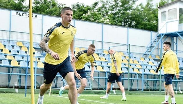 Збірна України провела перше тренування в Бухаресті