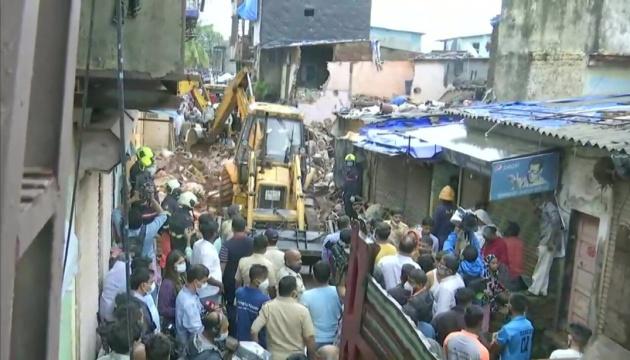 У Мумбаї обвалився будинок - є загиблі