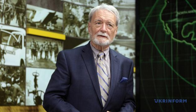 Украина могла бы предложить США использование военных баз в обмен на ленд-лиз - Карбер
