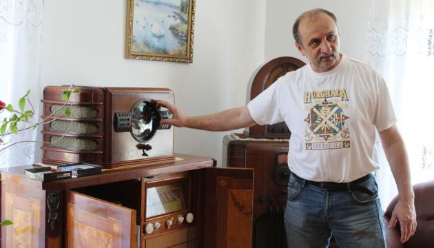 Коллекционер радиотехники открывает музей для меломанов на Закарпатье