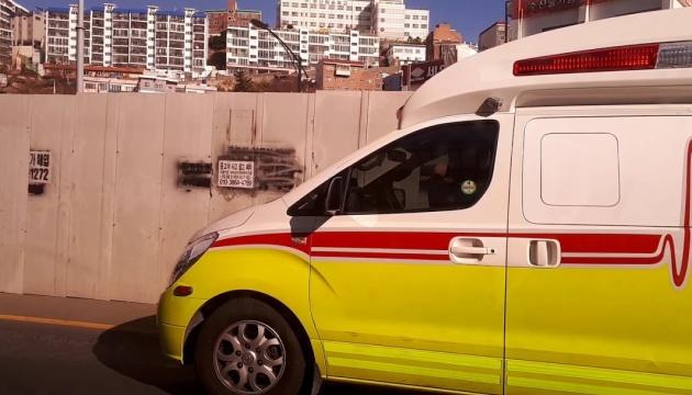 Обвал будівлі на автобус у Південній Кореї: кількість постраждалих зросла до 25