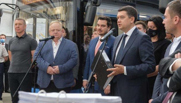Разумков пояснив, як влада збирається підтримувати вітчизняну промисловість