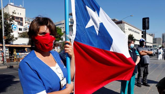 Столица Чили снова вводит локдаун