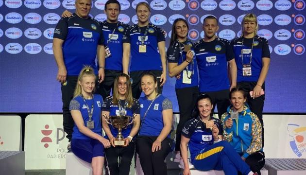 Україна виграла 8 медалей у жіночій боротьбі на турнірі у Варшаві