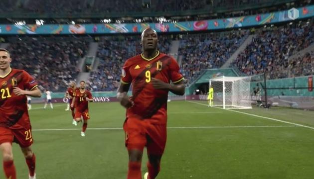 Бельгия разгромила Россию в матче футбольного Евро-2020