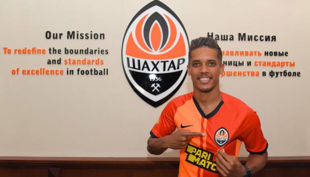 Официально: бразилец Педриньо стал футболистом «Шахтера»