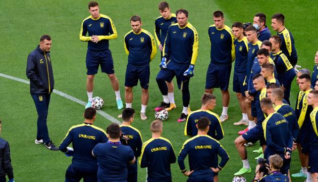 Став відомий стартовий склад збірної України з футболу на матч з Північною Македонією