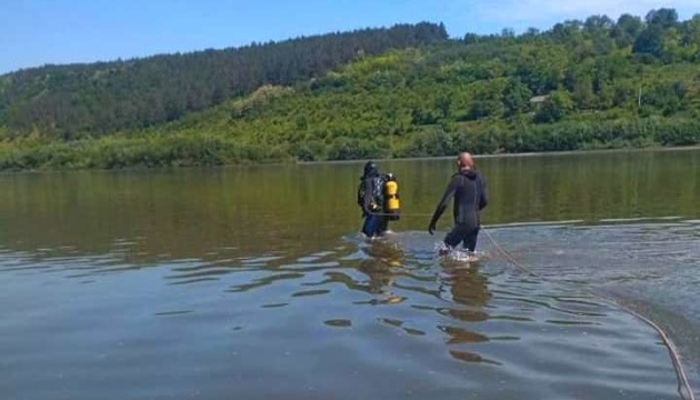 Из Днестра достали тела двух подростков, которые три дня назад пошли рыбачить