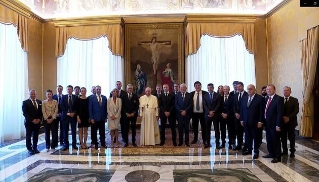 El presidente de la AFU se reúne con el Papa Francisco y la Familia Real de los Países Bajos