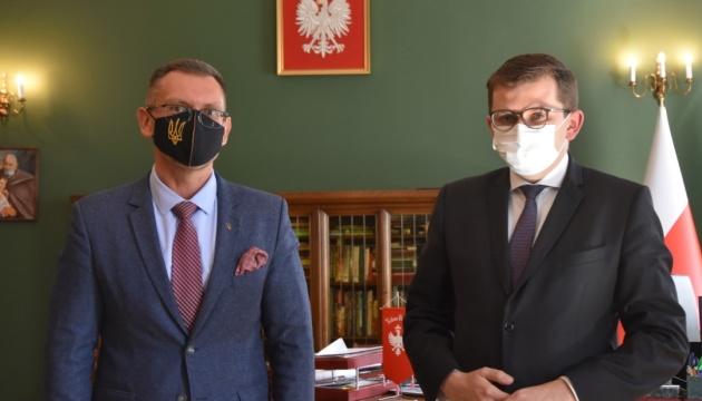 Генконсул у Кракові обговорив з Малопольським воєводою важливі для українців питання