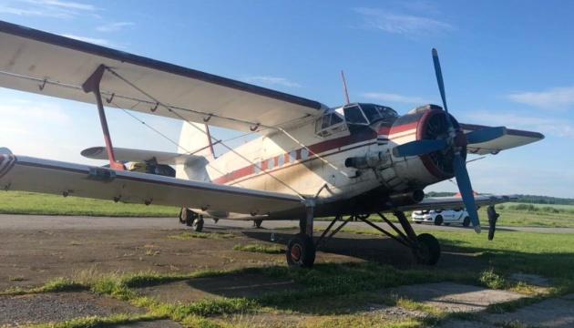 ルーマニアからウクライナへ飛行機機が違法越境 乗員ら拘束