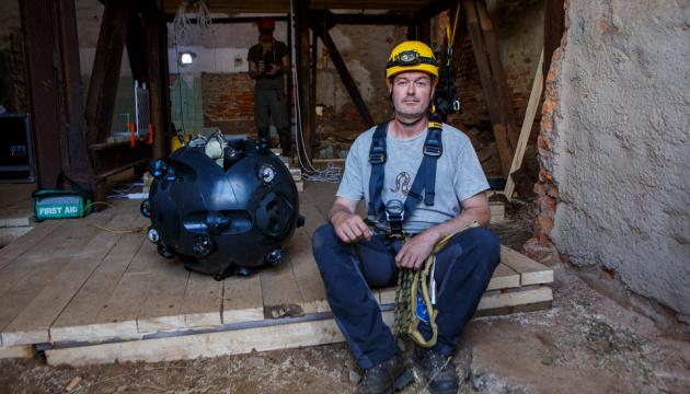 У затоплені Солотвинські шахти запустили робота-дослідника