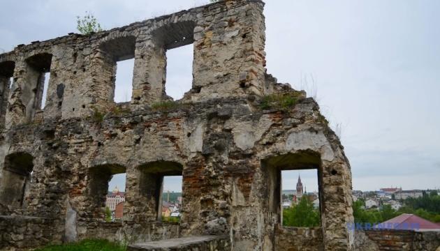 На Тернопільщині замок ХІV століття отримає 14 мільйонів гривень на реставрацію