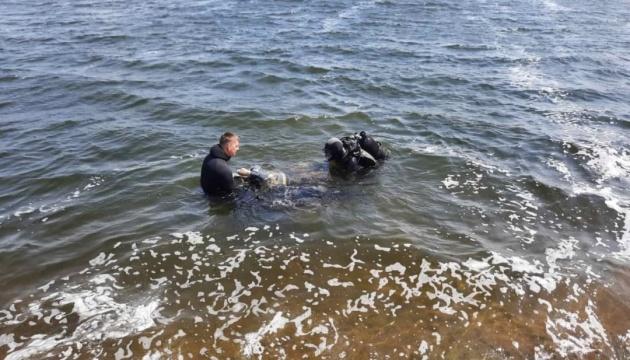 На Харьковщине из воды достали тела двух подростков