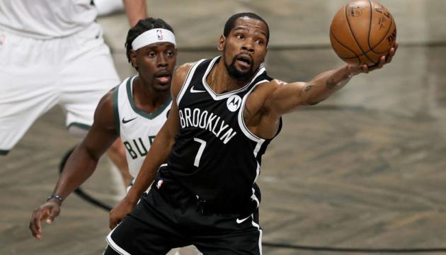 «Мілуокі» обіграв в овертаймі «Бруклін» і вийшов до півфіналу плей-офф НБА