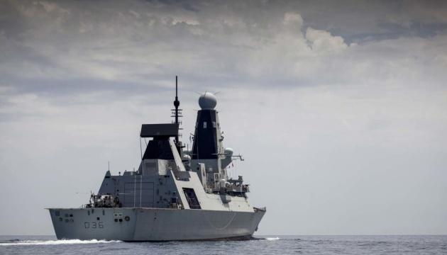 Британія готова знову відправити військові кораблі у Чорне море біля Криму