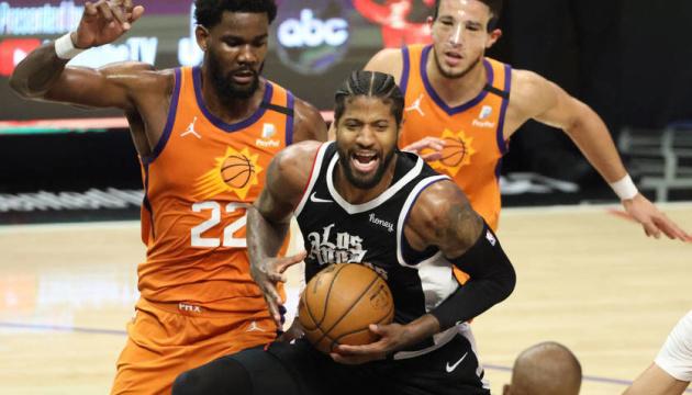 «Кліпперс» обіграли «Фінікс» і скоротили відставання у півфінальній серії плей-офф НБА