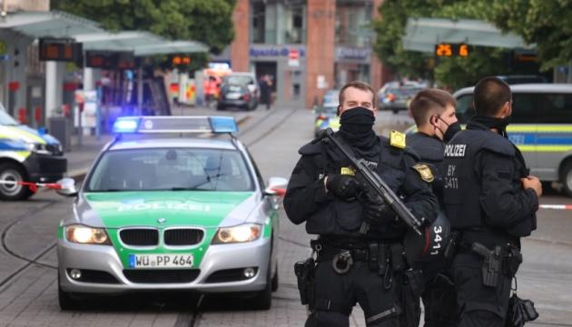 Вулична різанина у Німеччині: троє загиблих, десять поранених