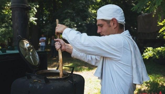 У Вінниці проведуть фестиваль польової кухні в пам'ять про загиблого в АТО Тараса Сича