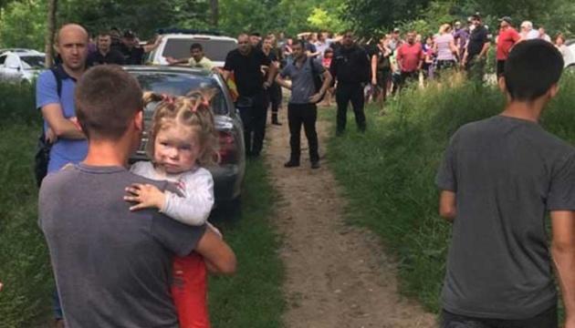 На Тернопольщине нашли двухлетнюю девочку, которую искали со вчерашнего дня