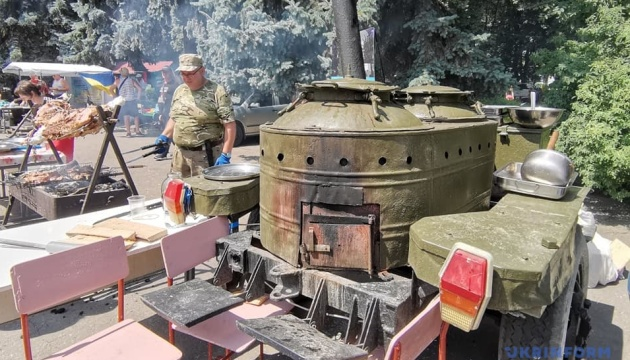 В Виннице - фестиваль полевой кухни имени погибшего участника АТО Тараса Сыча