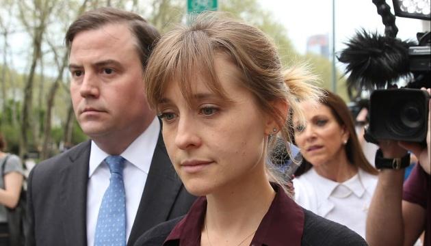 Звезду «Тайн Смолвиля» приговорили к трем годам заключения