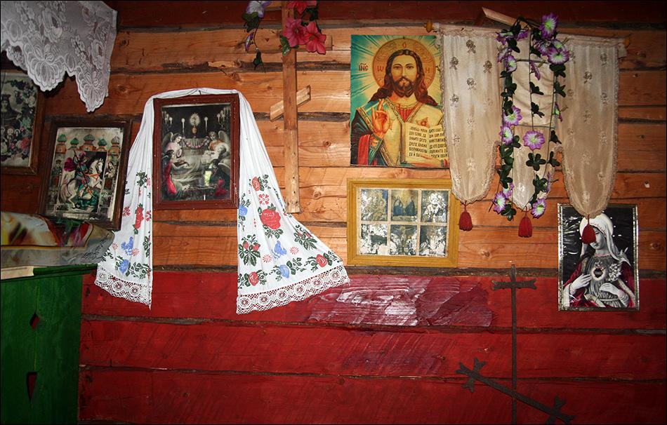 Інтер'єр церкви в Кужбеях / Фото Олександра Богданова