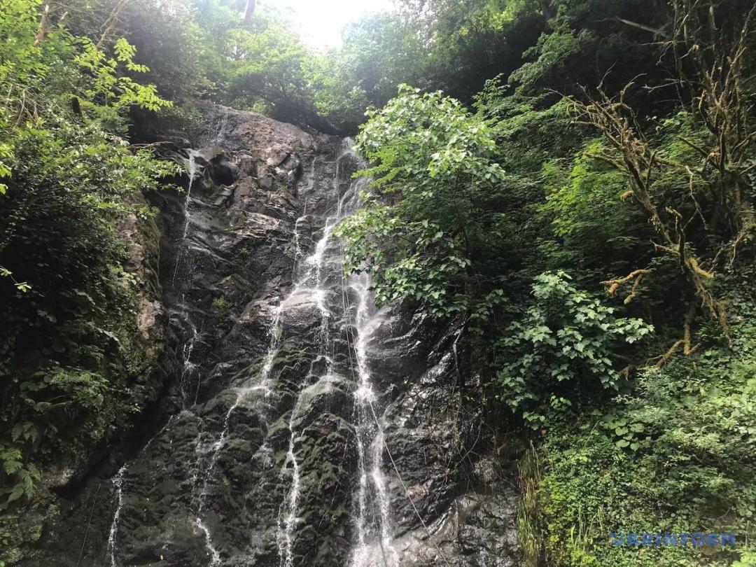 Водоспад Мірветі