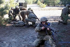 Mercenarios rusos violan el alto el fuego en cinco ocasiones