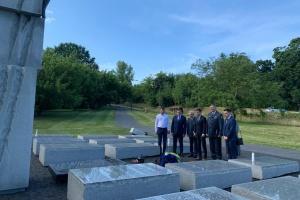 Ukraińscy dyplomaci w Warszawie uczcili pamięć ofiar tragedii wołyńskiej