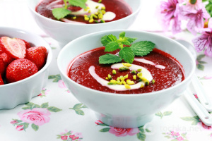 Холодні супи: рецепти від шеф-кухарів та народних кулінарів